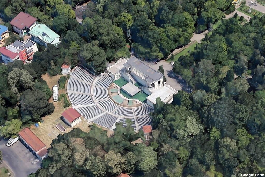 Teatrul de vară Mihai Eminescu
