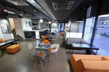 Cafeneaua F64