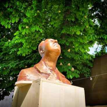ArtHalle gallery BOJIN sleeping 3