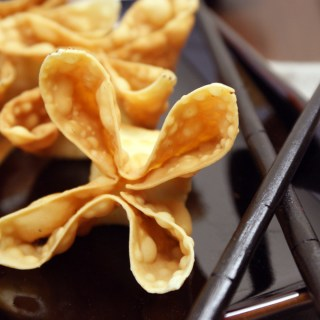 Crab / Cream Cheese Wontons