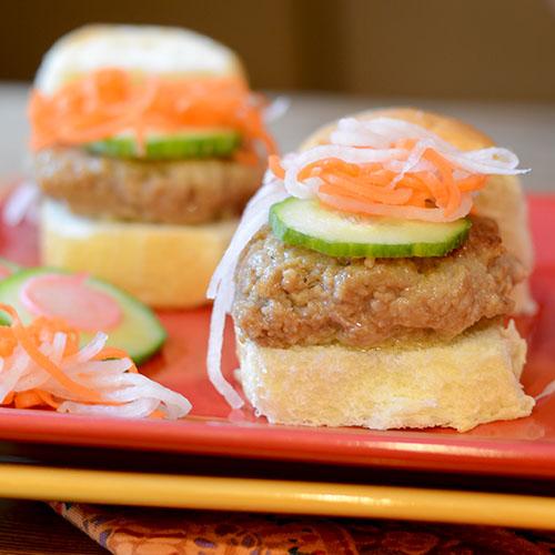Chicken-bahn-mi-burger, sandwich, slider
