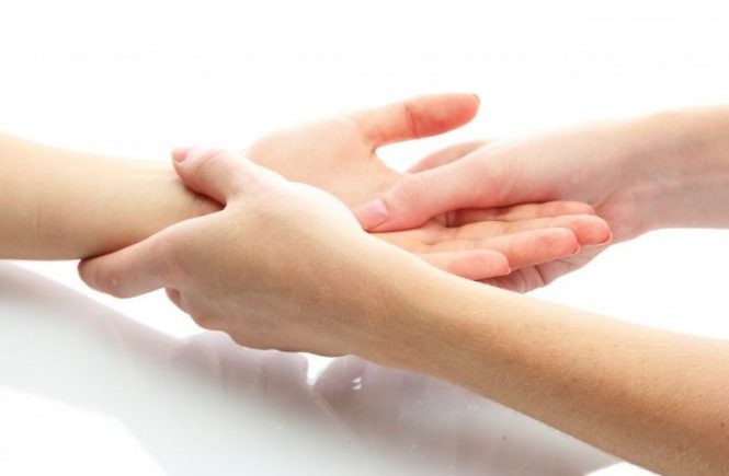 Wrist and hand pain treatment warwick & leamington spa