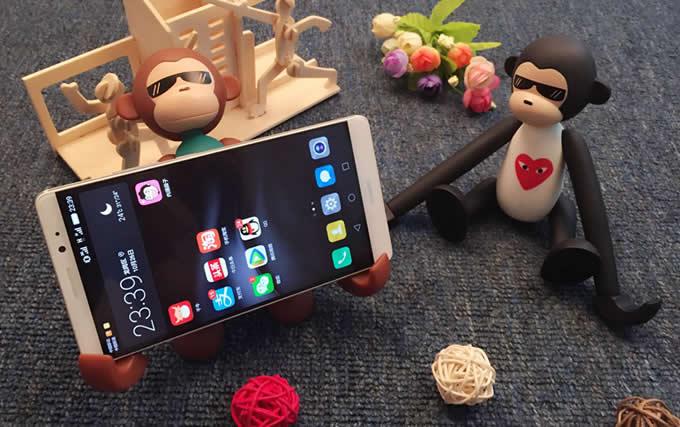 Portable Long Arm Monkey Desk Cell Phone Holder FeelGift