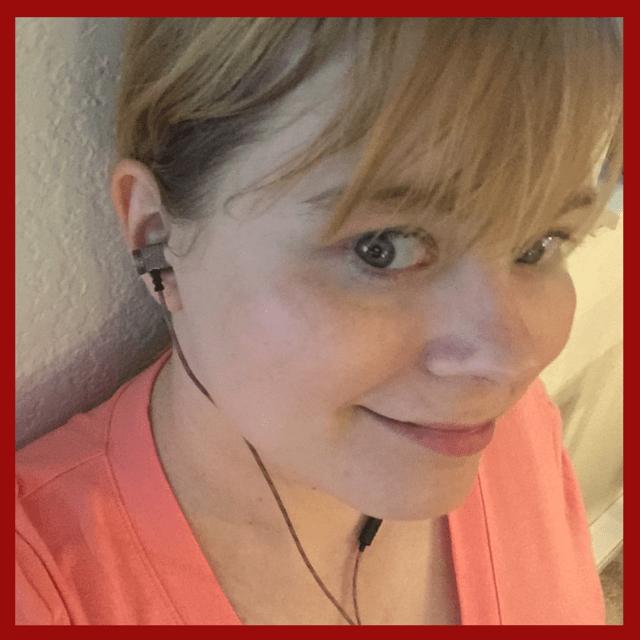 Slysam listening to Audiosharp earphones
