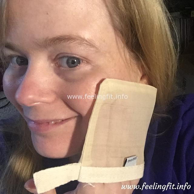 Joyaplenty facial mitt