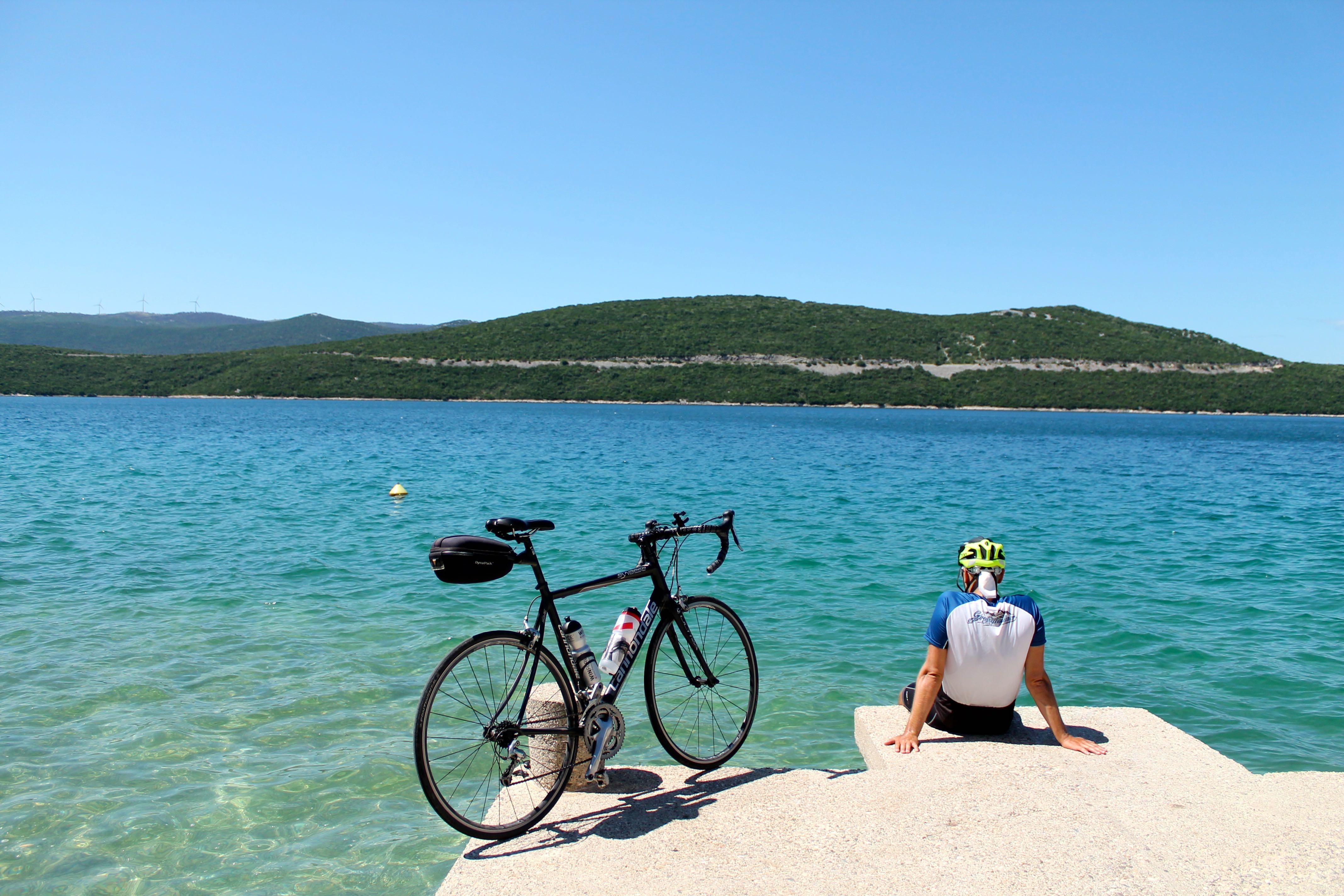 ruta en bicicleta desde Grecia a Montenegro