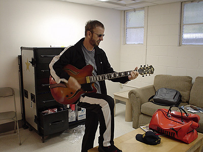 Ringo Starr Playing The Guitar_The Beatles
