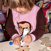 Making Ornaments with a Preschooler – A Painting Success