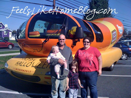 Sol together with Wienermobile Crash furthermore Gallery Of Wienermobile Crash Photos moreover The Oscar Mayer Wienermobile With My Family Inside moreover 20  pletely Strange And Original Cars For The Roads Photo Gallery. on coolest wienermobile