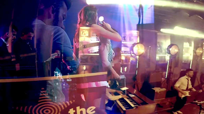 got the vibe - head back | feestband.com
