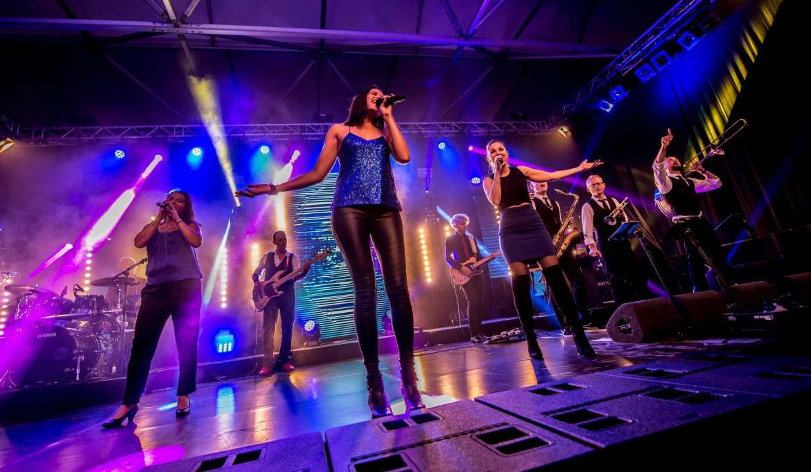 Big Black and Beautiful Live DMG Arjan van Dijk Mandemakers Waalwijk feestband