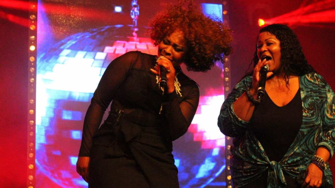 Big Black Beautiful boeken met live band BBB