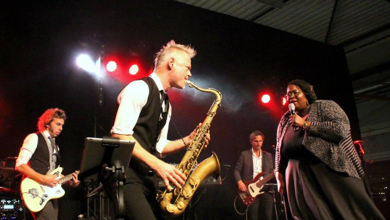 Shirma Rouse live band | feestband.com