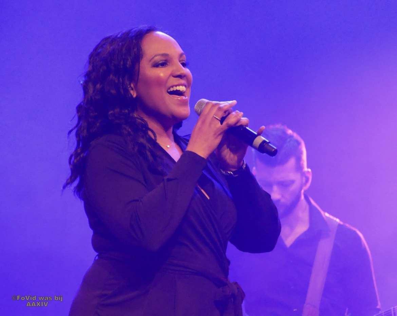 Big Black And Beautiful swingt samen met Boston Tea Party tijdens Aemstie Alive   feestband.com