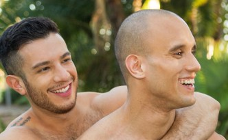 sean-cody-frankie-manny-gay-barebac-sex-big-cocks-uncut-dick-male-feet-hairy-chest-shaved-head-feat