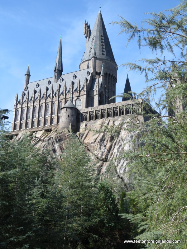 Hogwarts Castle (2)