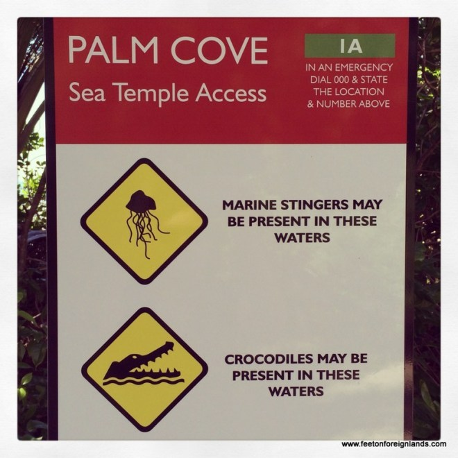 Palm Cove signage