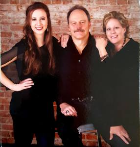 Photo of Jerri Osborne and her family