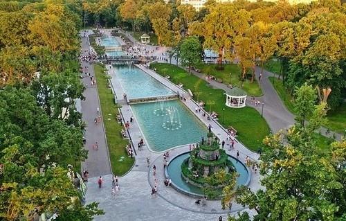 Мандрівка Харковом: ЕкоПарк, Парк Горького та Шевченка