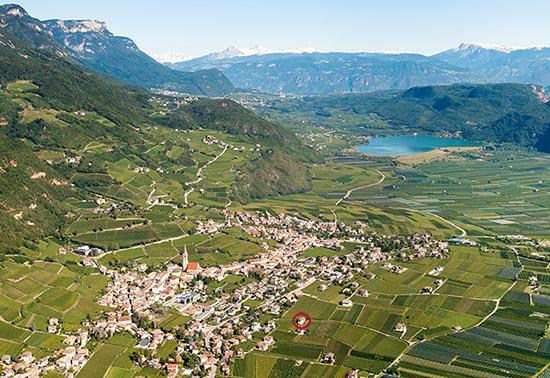Tramin an der Südtiroler Weinstraße