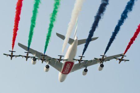 Dubai Airshow 2013 - Emirates_A380_A6-EEO_DXB_2013-11-18_02klein