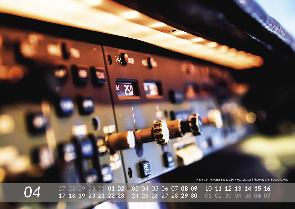 MD-11 Calendar 2017 April image