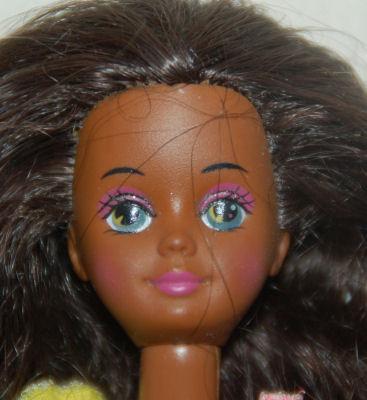 FELIXLNL Links Zusje Van Barbie Skipper