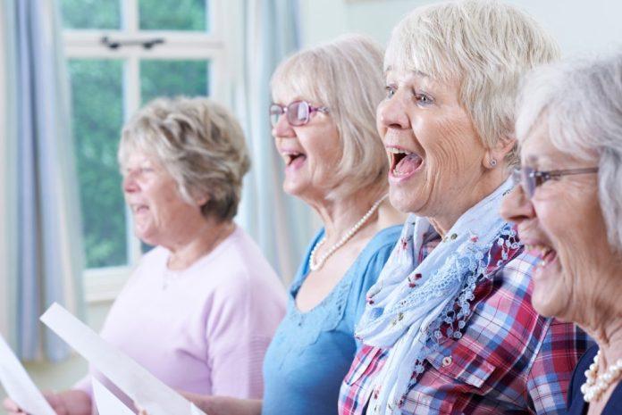 Musicoterapia auxilia no tratamento de Alzheimer e Parkinson