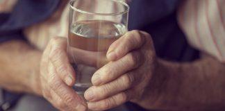 Beber água com abundância – 12 benefícios para a saúde