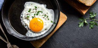 Ciência comprova: Comer ovos diariamente faz bem à saúde