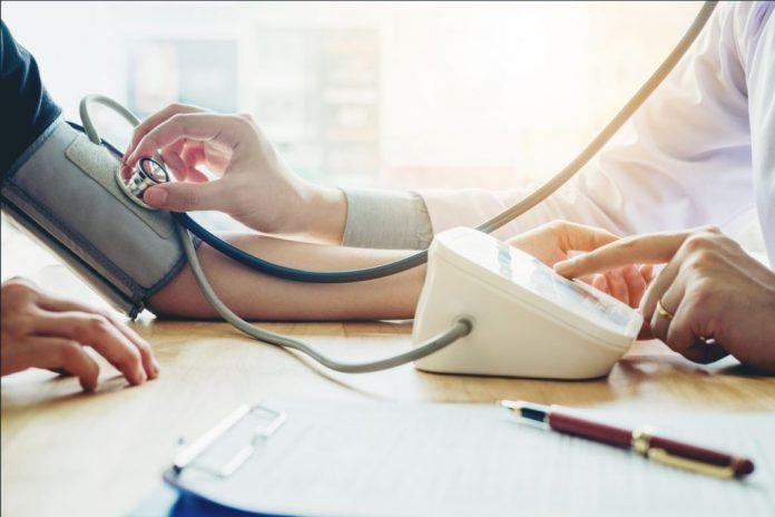 11 exames médicos importantes para a terceira idade