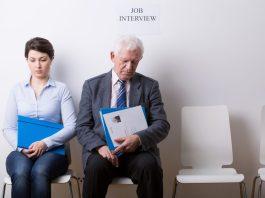 Emprego na terceira idade – Uma tarefa difícil