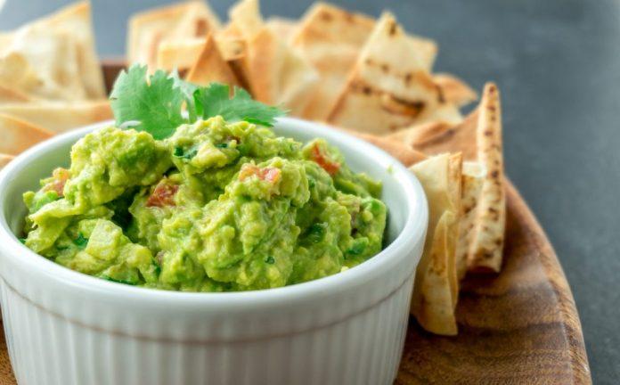 Guacamole – Uma maneira famosa de comer Abacate