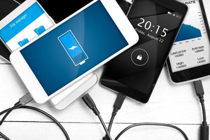 5 erros que podem danificar a bateria do smartphone