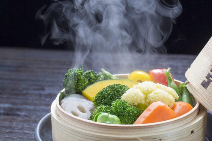 Cozinhar a vapor – Benefícios e maneiras alternativas