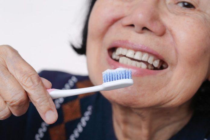 O que muda na Higiene bucal na terceira idade
