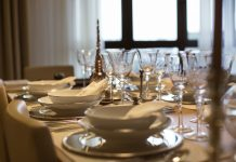 Mesa de jantar requintada – 5 dicas de decoração