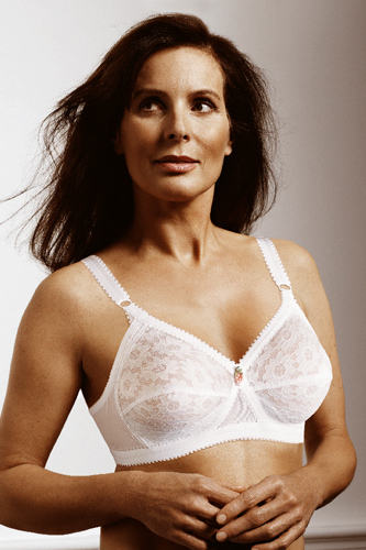 Playtex Cross Your Heart Bra: Undeniable sex appeal here...right?