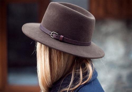 Il cappello più trendy: il modello Borsalino