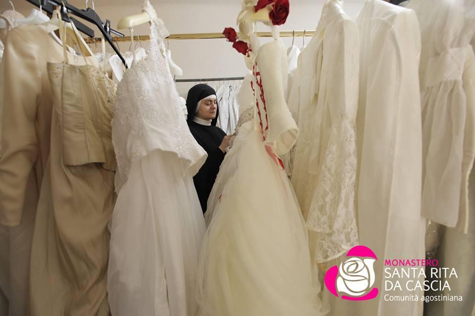 Cercasi abito da sposa: te lo danno le suore, gratis