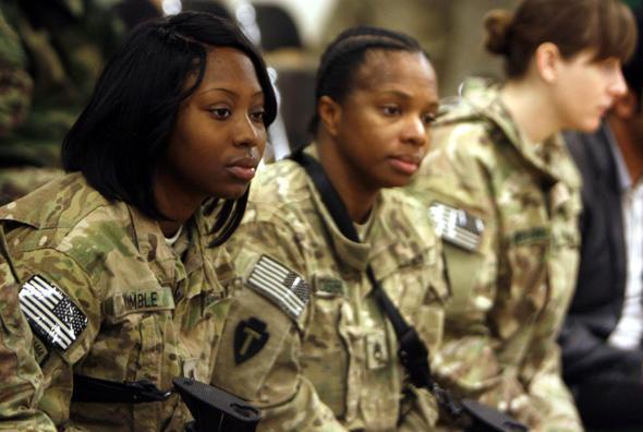 Donne nell'esercito: stupri e silenzi