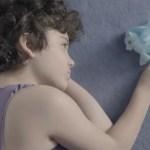 Bambina transgender e il rapporto con il papà: l'amore supera le barriere (VIDEO)