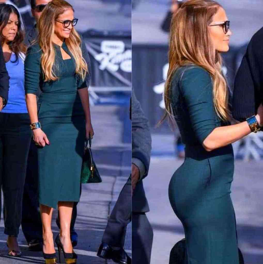 Jennifer Lopez Steps Out In A Curve-Hugging Emerald Dress