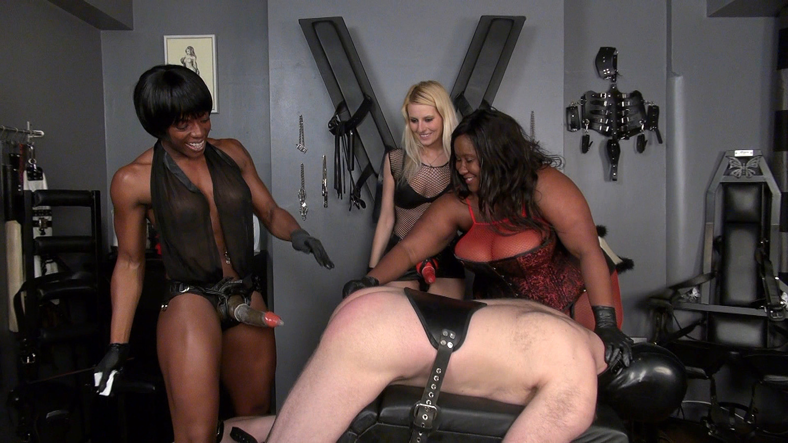 female-domination-lessons-banner-ad-video-slow-motion-tits