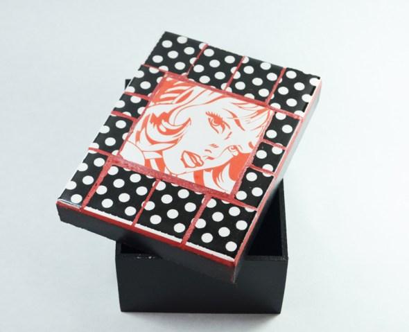 Cajas estilo Pop Art para el día de la mujer, por Grana Trencadis