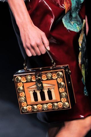 Dolce & Gabbana (102)