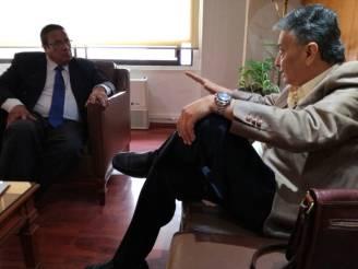 FEMEXER y CNDH: Lic. Ismael Eslava Pérez con Lic. David Peña Castillo