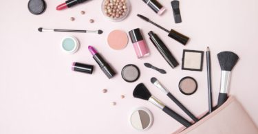 5 quick beauty hacks every girl should know