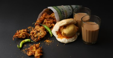 Offbeat monsoon special fritters recipe