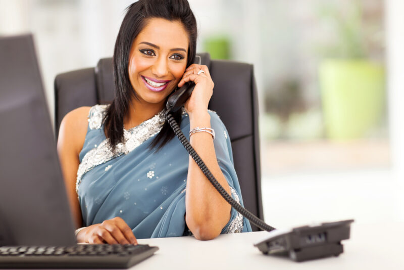 5 reasons you should wear saree to work